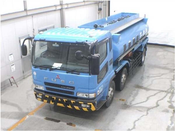 MITSUBISHI FUSO Super Great Tanker 8 Wheeler
